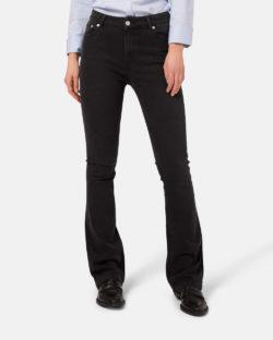 Flared Hazen - Stone black jeans i resirkulert og økologisk bomull (med 34 lengde) » Etiske & økologiske klær » Grønt Skift