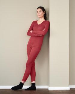Rød langermet trøye i 70 % økologisk ull og 30 % silke » Etiske & økologiske klær » Grønt Skift