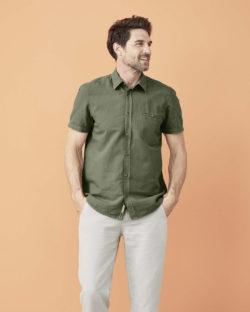 Olivengrønn skjorte med korte ermer - økologisk lin og økologisk bomull » Etiske & økologiske klær » Grønt Skift
