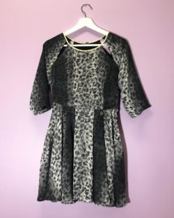 Kort kjole med print » Etiske & økologiske klær » Grønt Skift