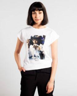 """Hvit t-skjorte med """"Mmmm. Yummy"""" - 100 % økologisk bomull » Etiske & økologiske klær » Grønt Skift"""