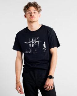 """Svart t-skjorte med """"Say what again!"""" - 100 % økologisk bomull » Etiske & økologiske klær » Grønt Skift"""