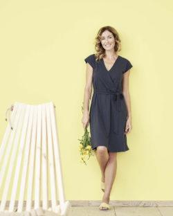Mørkeblå kjole - økologisk bomull og bambusviskose » Etiske & økologiske klær » Grønt Skift