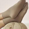 2 par tynne beige sokker i 95 % bio-fiber og 5 % elastan » Etiske & økologiske klær » Grønt Skift