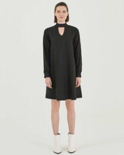 Svart kjole med nøkkelhull-åpning - 100 % tencel » Etiske & økologiske klær » Grønt Skift