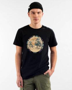 """Svart t-skjorte """"Earth Greed"""" - 100 % økologisk bomull » Etiske & økologiske klær » Grønt Skift"""
