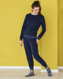 Navy frotté-pysjamas i 100 % økologisk bomull » Etiske & økologiske klær » Grønt Skift