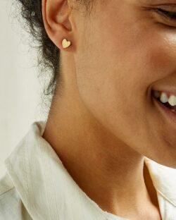 Hjerteformede øredobber - 100 % messing » Etiske & økologiske klær » Grønt Skift