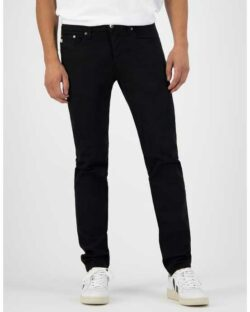 MUD jeans - Regular Dunn - Dip Dry svart jeans i resirkulert og økologisk bomull » Etiske & økologiske klær » Grønt Skift