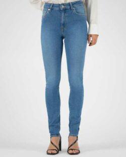 Skinny Hazen - Pure blue jeans i resirkulert og økologisk bomull » Etiske & økologiske klær » Grønt Skift