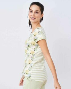 Pastell sove t-skjorte med lotusblomst - 100 % økologisk bomull » Etiske & økologiske klær » Grønt Skift