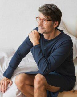 Mørkeblå unisex retro nattskjorte - 100 % økologisk bomull » Etiske & økologiske klær » Grønt Skift