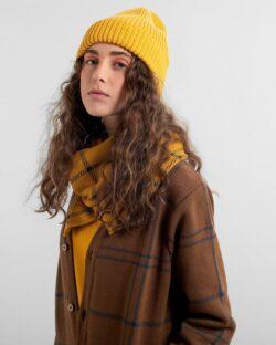 Okergul beanie lue - 100 % økologisk bomull » Etiske & økologiske klær » Grønt Skift