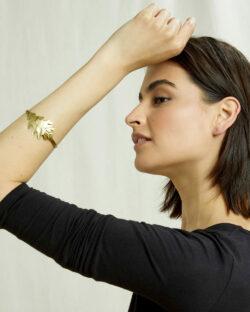 Armbånd med bladform i messing » Etiske & økologiske klær » Grønt Skift