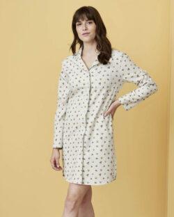 Hvit nattkjole med bær - 100 % økologisk bomull » Etiske & økologiske klær » Grønt Skift