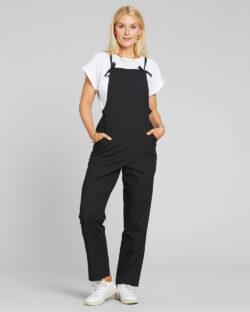 Svart jumpsuit med spagetti-stropper - 100 % økologisk bomull » Etiske & økologiske klær » Grønt Skift