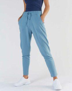 Lyseblå joggebukse - økologisk bomull og modal » Etiske & økologiske klær » Grønt Skift