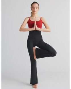 Flared komfort bukse i svart – micromodal » Etiske & økologiske klær » Grønt Skift